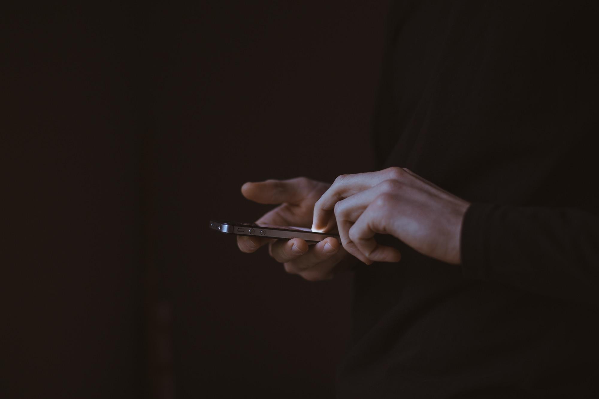 Digitando texto nas redes sociais