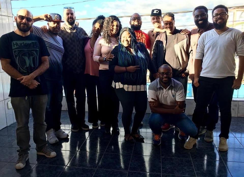 Thiago Sonho e a banda que acompanhará Mano Brown na turnê do disco Boogie Naipe