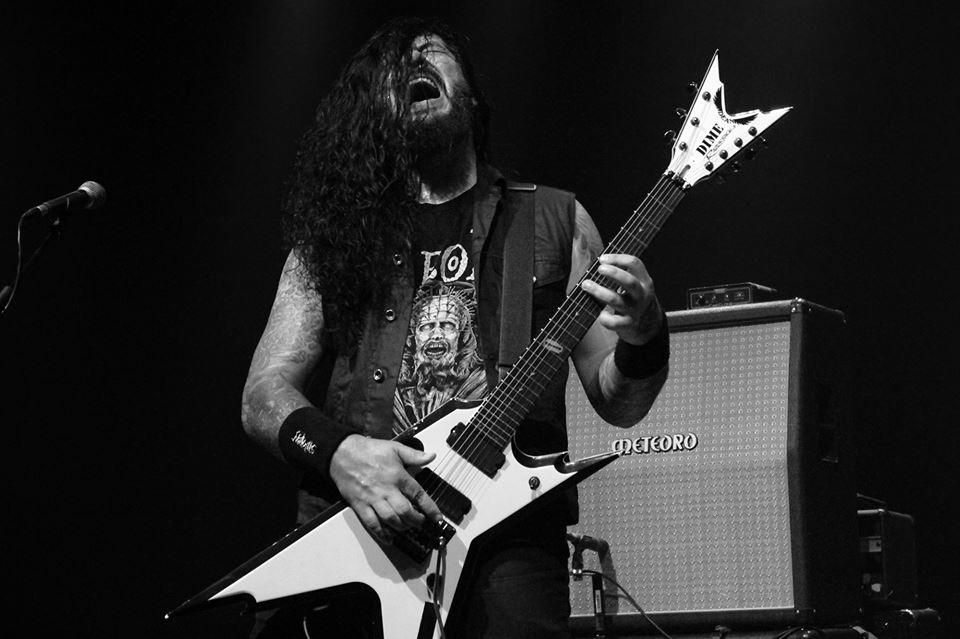 Moyses Kolesne, guitarrista do Krisiun, no Sesc Santo André.